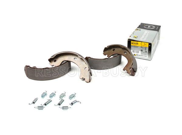 Колодки ручника, Sprinter 509-519CDI 06- (174×42) с пружинками